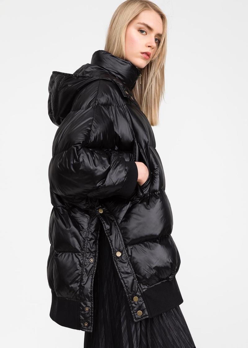 Model Name Reynold. Oversized quilted down jacket